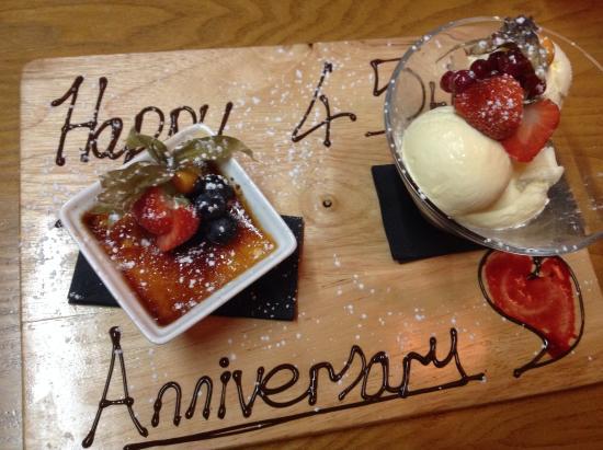 Auberge Brasserie: Our desserts