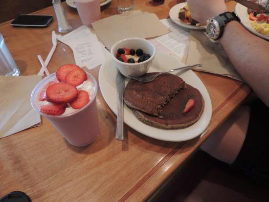 Lotus Cafe and Juice Bar CA