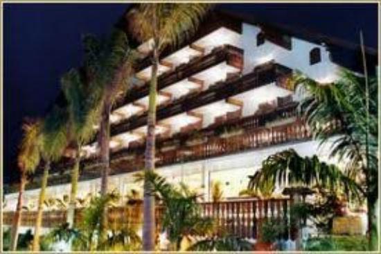 Hotel Alpina: images_large.jpg