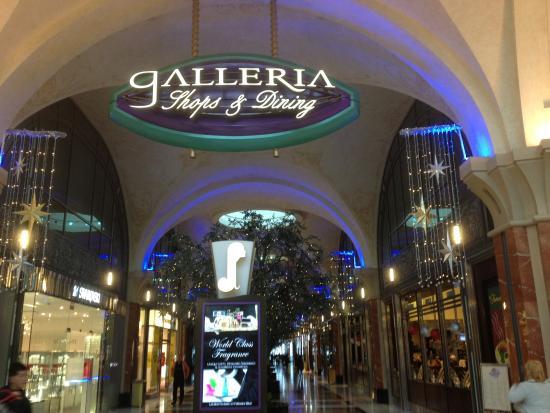 Fallsview casino shopping palace casino lakewood wa