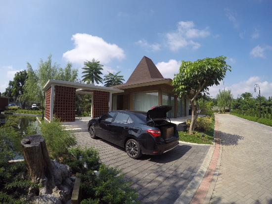 Djoglo Luxury Bungalow