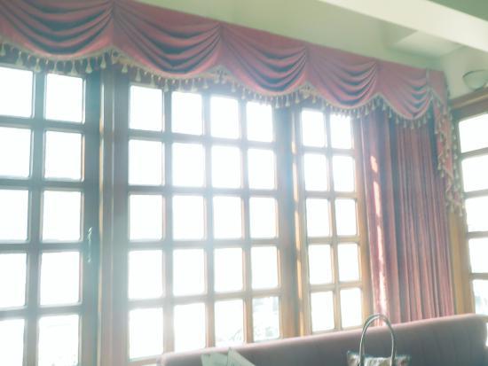 Hotel Pradeep: entrada