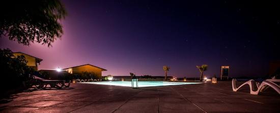 Dakhla Evasion: Piscine de nuit