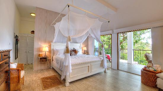 Firefly Hotel Mustique: King sized beds at Firefly Mustique