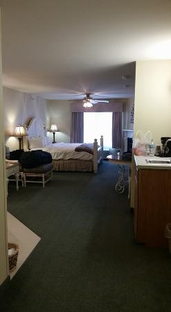 Country Inn & Suites By Carlson, Galena: Garden Suite