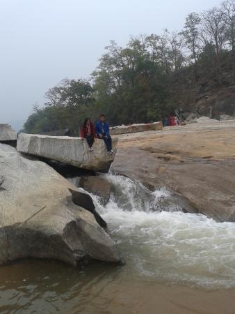 Jharkhand, India: Enjoying on the lively falls
