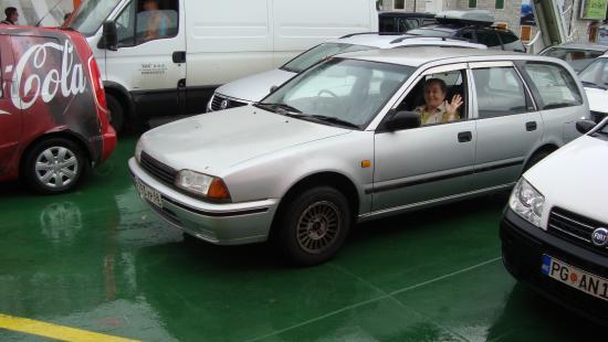 Ferry Kamenari-Lepetane: Наш автомобиль на пароме.
