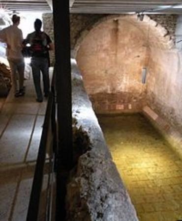 Castell de Montsoriu: Interior
