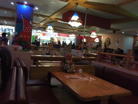 Kansas Spur Steak Ranch: inside restaurant