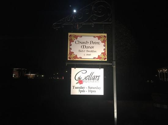 Church Point Manor : Entrance Sign