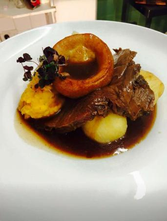 Sunday Roast £8.95