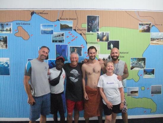 Bayahibe, República Dominicana: George, Jayne and Sharky's crew