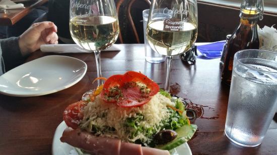 Creperie A La Gourmandise Bretone: Salade a la Gourmandise -- small