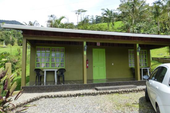 Photo of Kiri Mountain Lodge Orosi