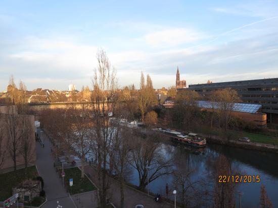 l 39 h tel vu du barrage vauban picture of ibis strasbourg centre historique strasbourg. Black Bedroom Furniture Sets. Home Design Ideas