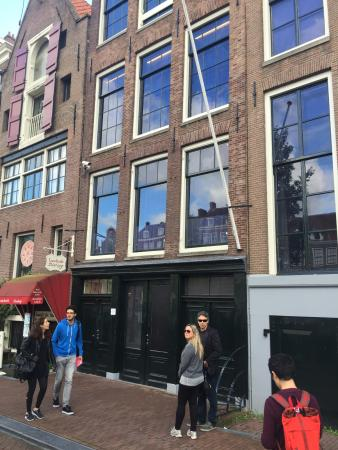 In The Footsteps of Anne Frank: World War II and Jewish History Walk: Anne frank