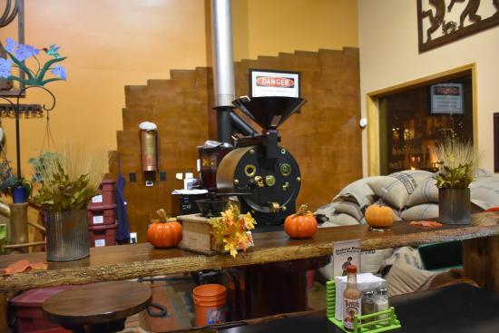 Jackson Hole Roasters Restaurant Coffeehouse Mas Bem Legal