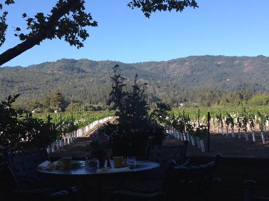 Harvest Inn by Charlie Palmer: breakfast view