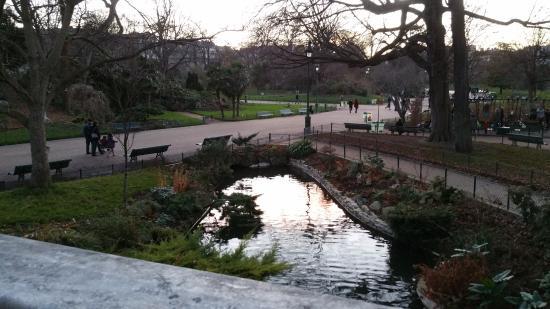 باريس, فرنسا: Bassin