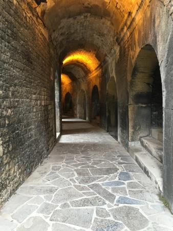 Arenes de Nimes: photo1.jpg
