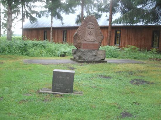 Stalin World / Grutas Park: Monuments