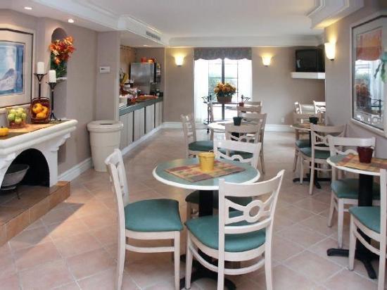 La Quinta Inn Reno: breakfast area