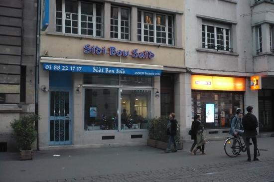 L 39 enseigne du restaurant photo de sidi bou said for Sidi bou said restaurant
