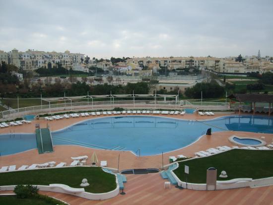 Hotel Paraíso de Albufeira: Vistas dos quartos virados para a piscina
