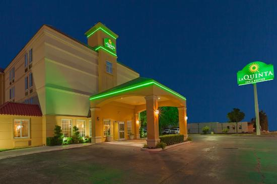La Quinta Inn & Suites Tulsa Central: LQ Elevation (East)