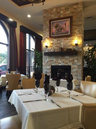 The Oak Room Restaurant Lounge