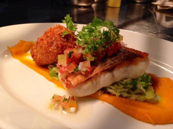 O'Connors Seafood Restaurant: Turbot