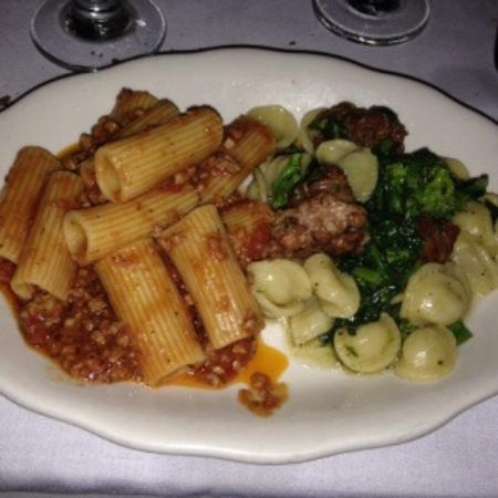 Photo of Italian Restaurant Rao's at 455 E 114th St, New York, NY 10029, United States