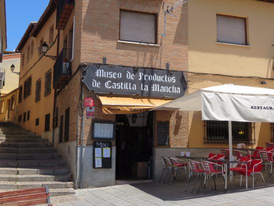 Museo de productos de castilla fachada foto de for Articulos para restaurantes