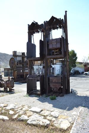 Tonopah, NV: Displays outside of the museum building.