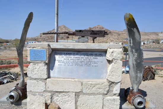 Tonopah, NV: A dedication to the men and women of the armed forces.