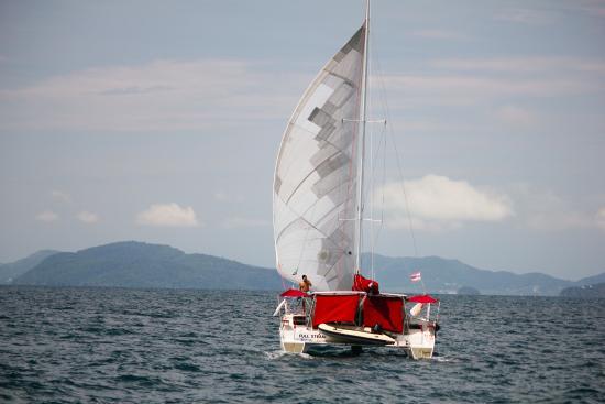 SY Nakamal Sail and Dive Charters Photo