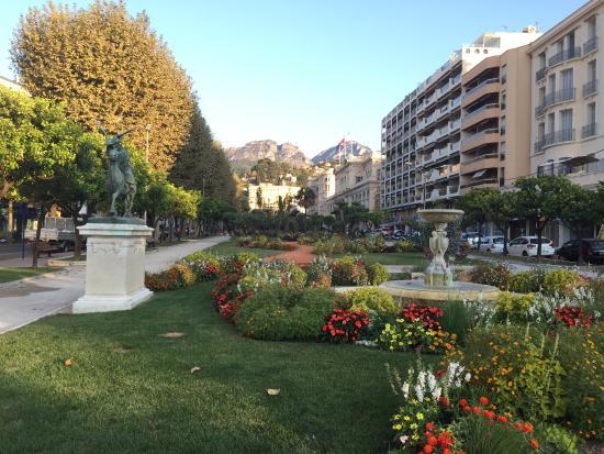 Les jardins biov s picture of les jardins bioves menton for Jardin bioves 2015