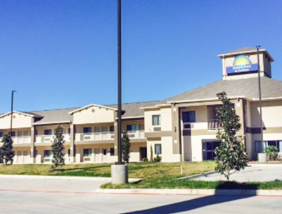 Days Inn & Suites Katy