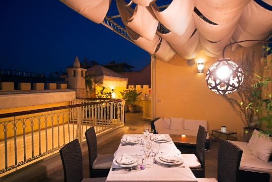 Riad Cocoon: Dinning on the terrace
