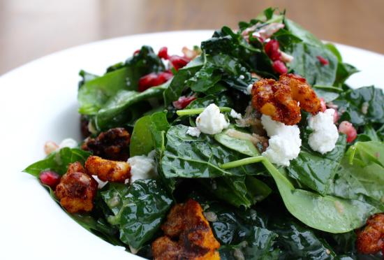 Corte Madera, CA: Baby Spinach & Kale Salad