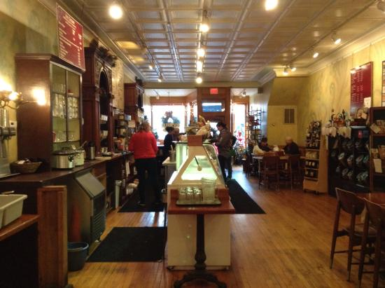 Michelle's Cafe: Quirky vintage feeling