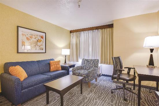 La Quinta  Room Suites In Logan Utah