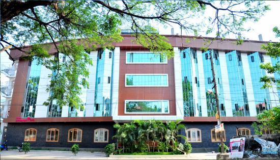 Hotel Pushpanjali GVR