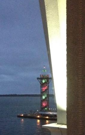 Sheraton Erie Bayfront Hotel: view of the Bicentennial Tower from room