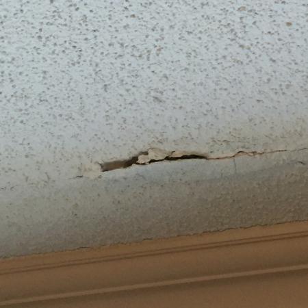 Morristown, نيو جيرسي: Popcorn Ceiling in room