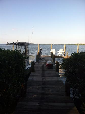 Cabbage Key Inn: our dock
