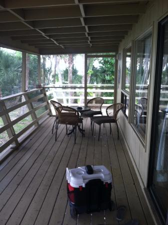 Cabbage Key Inn: porch