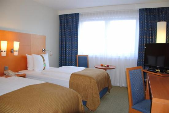 Holiday Inn Munich - City Centre: Habitación