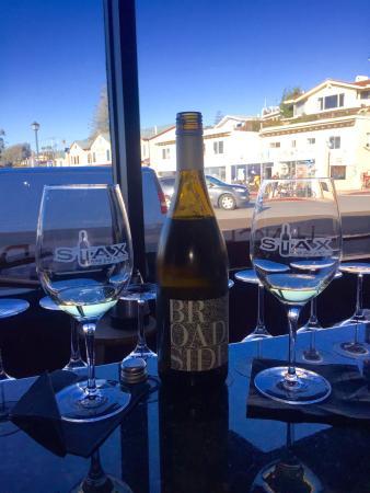 STAX Wine Bar & Bistro: photo0.jpg