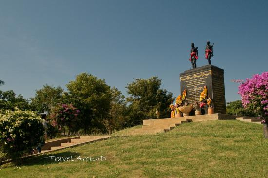 Nai Dok Nai Thongkaeo Monument